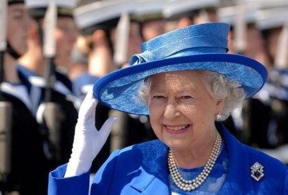 the-diamond-jubilee-queen-elizabeth-ii-03-420x285