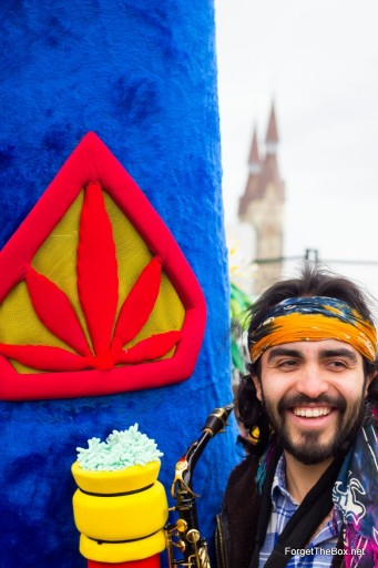 420 Parliament Hill 2013 10