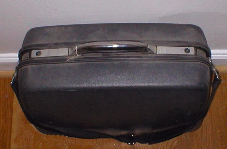 Suitcase_750x500