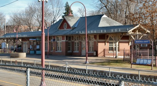 Montreal_West_-_AMT_Train_Station