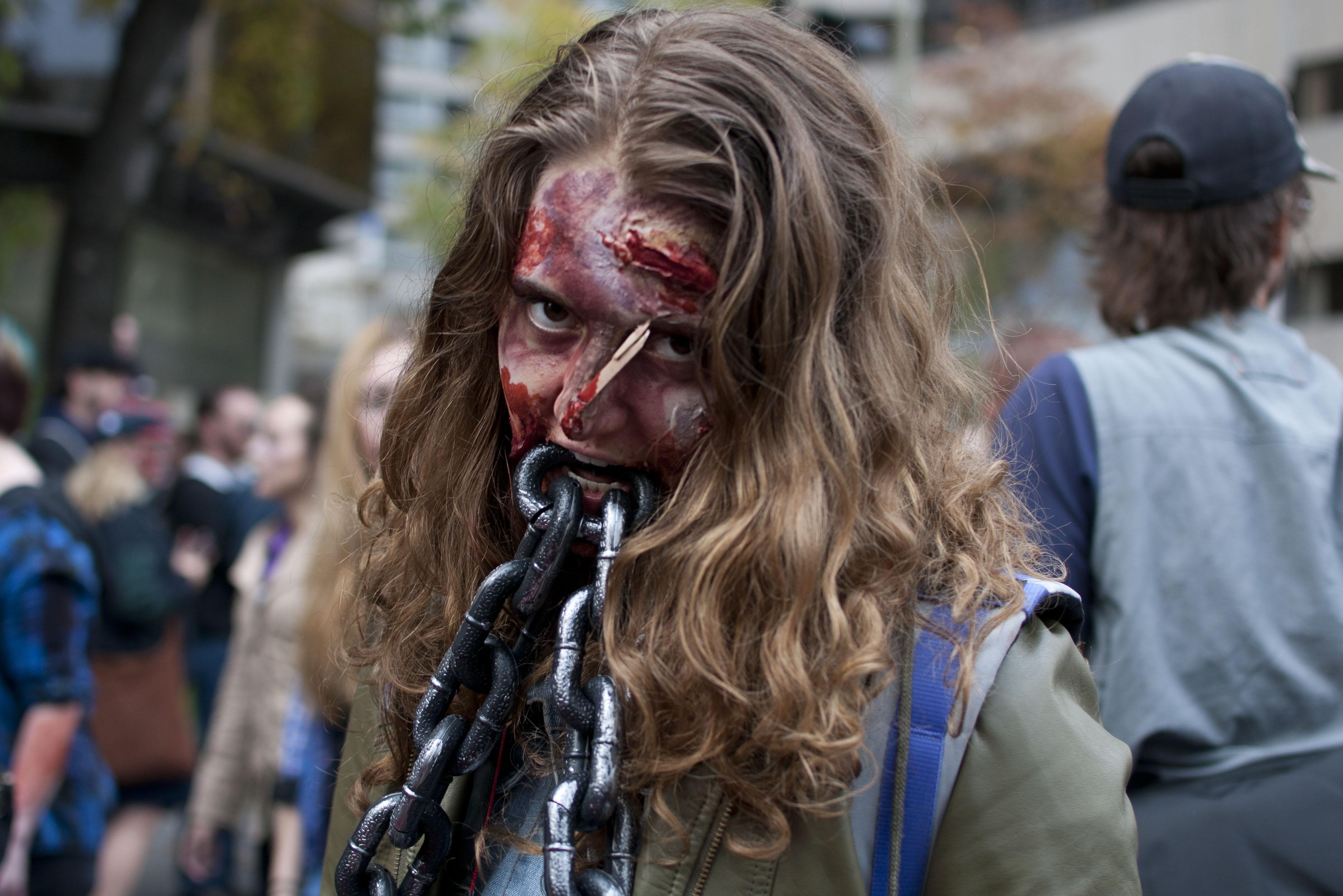 Montreal Zombie Walk 2013-8