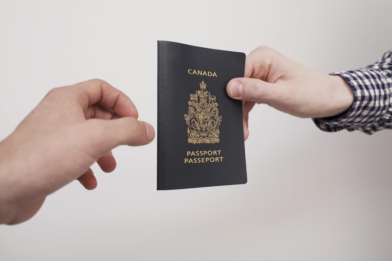 WEB-canada-citizenship-Mark-Burnham1