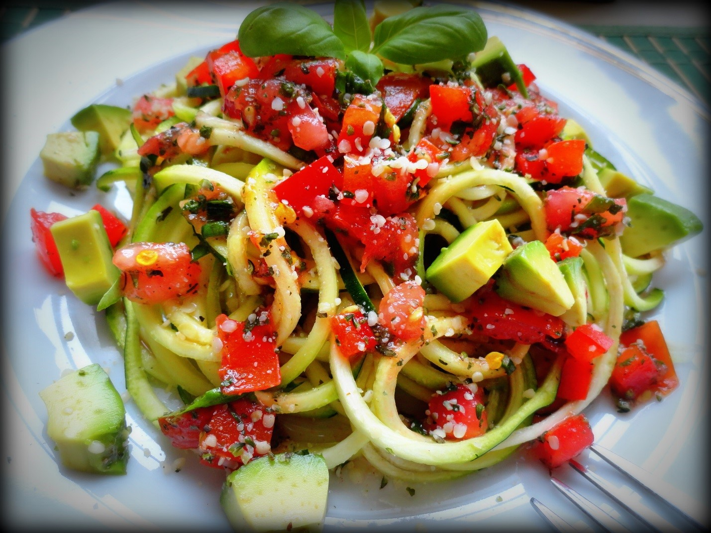 Zucchini Spaghetti with Marinara Sauce, Basil and Avocado - Forget The ...