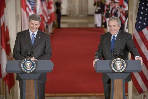 Stephen_Harper_and_George_W._Bush_July_6_2006