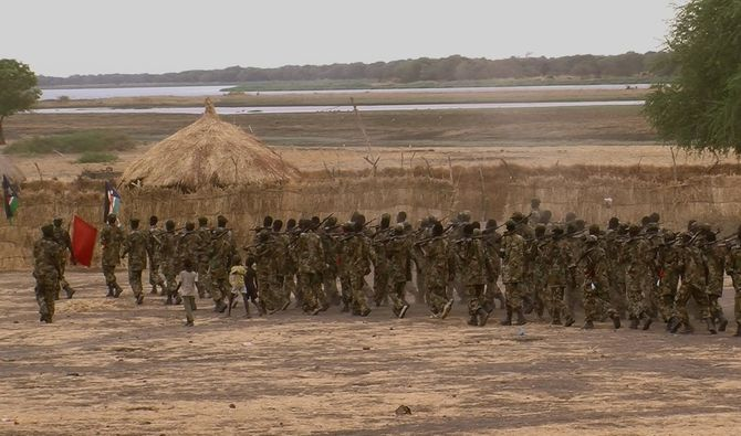 SPLM_soldiers_protect_Chinese_oil
