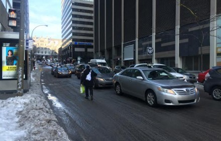 cabs protesting uber Montreal