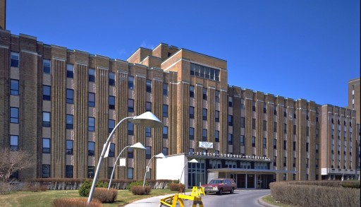 Jewish General Hospital (photo: WikiMedia Commons)